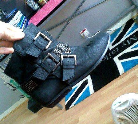 Boots Zara