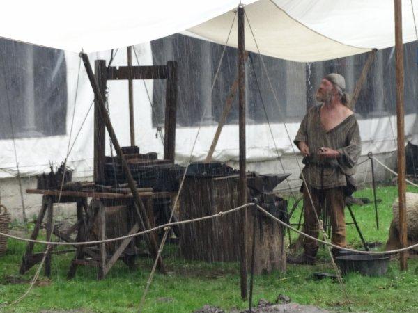 Retour au Moyen-Age ce week-end! Sous la pluie!