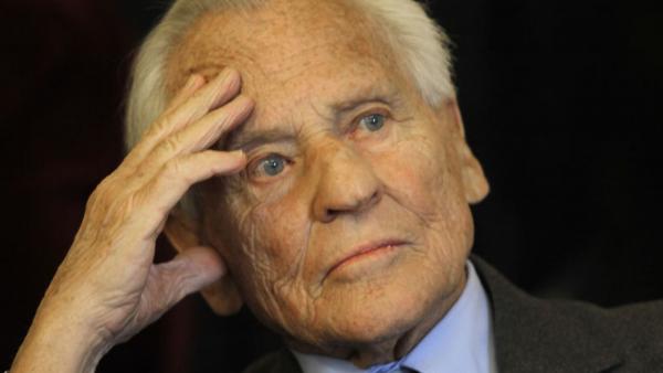 Jean d'Ormesson ( décedé le 5 décembre 2017)