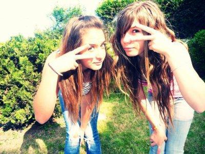 Rebecca & Jessica Pour Toujours Soeur Jumelle