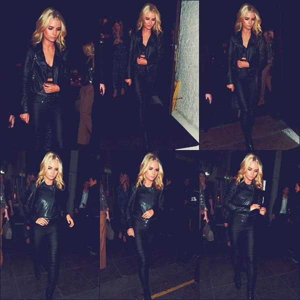 - 17/02/17 - C'est de retour de l'autre côté de la manche que la belle a était vu dans les rues de Londres. C'est dans un look complétement noir que la jeune mannequin était de retour dans son pays. J'adore sa tenue. Un top !  -