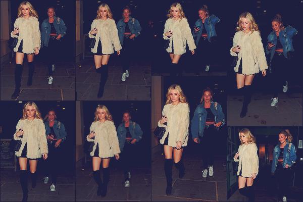 - 02/03/17 - Charlotte Mossà était aperçue accompagnée par Frankie Gaff dans les rues de Londres en UK. C'est de nouveau dans une robe noire accompagnée par un manteau en fourrure que notre blonde était de sortie. Un top ! -