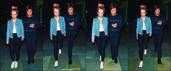 • 27 juillet 2017 || C'est photographier en sortant du nightclub l'« Embargo » que la belle blonde à été vu à Londres. C'est accompagnée par son amie Valentine Sozbilir que notre mannequin à été aperçue ! Un petit top à notre Blondie !  •