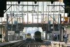 En raison de l'incendie survenu dimanche dans une cabine de signalisation à Etterbeek, les voyageurs empruntant les trains sur la ligne Namur-Bruxelles sont confrontés ce lundi matin, pendant l'heure de pointe, à des retards et des annulations, annonce Infrabel.