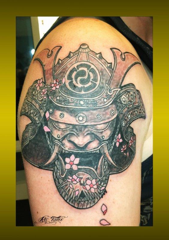 Ric Tattoo 06.19.88.58.27 / 04.91.50.80.04 /// Masque / Guerrier / Japonais / Fleurs de Cerisier.