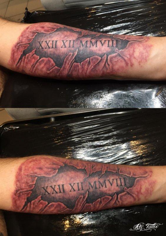 Ric Tattoo 06.19.88.58.27 / 04.91.50.80.04 /// Déchirure / Date Romain / Avant-bras.