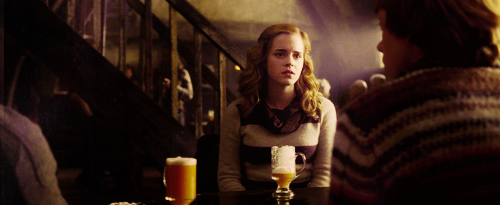 Moi, je fuyais l'amour parce que j'avais trop peur, oui, trop peur d'en mourir...