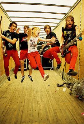 ♪  Paramore  ♪