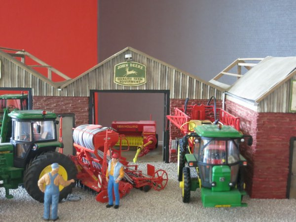 Pour les amoureux de la miniature agricole et pour les autres aussi...