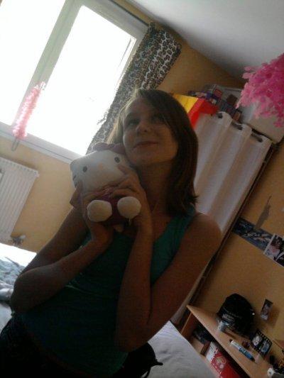 Hello Kitty :D <3