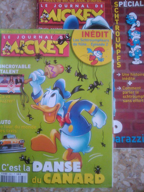 Journal de Mickey apparitions schtroumpfs