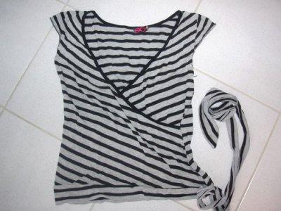 005 Tee-shirt rayé gris/noir