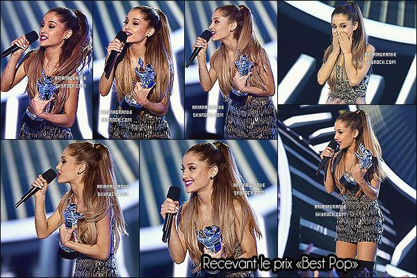 24/08/14 - Ariana Grande était présente à la cérémonie des «MTV Video Music Awards 2014», à Los Angeles.  Elle a posé sur le red carpet avec Jessie J & sa grand-mère. Ari a remporté un prix, félicitations à elle. Coté tenue, elle en a porté 4 différentes, top ?