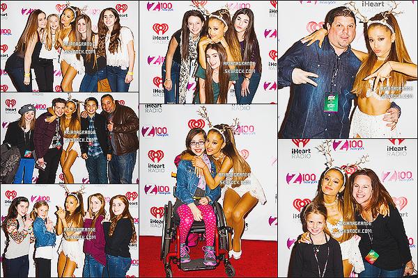 12/12/14 : Ariana Grande a performée lors du « Z100 Jingle Ball » au Madison Square Garden à NY ! Toujours les mêmes tenues, mais elle a troqué ses oreilles de chat pour les cornes de rennes. C'est plutôt un top ou flop pour elle ?!