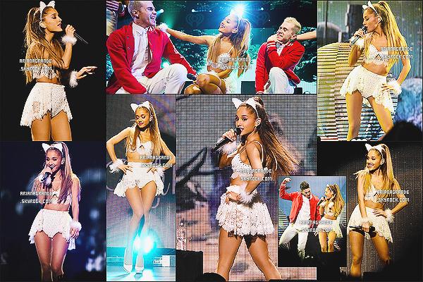 * 10/12/14 : Ariana Grande a performé pendant le « Q102 Jingle Ball » au Wells Fargo Center de - Philadelphie.  Plus: Découvrez ci-dessous les photos du Meet&Greet ainsi que des performances. Miss Grande a performé avec la chanteuse Jessie J !*