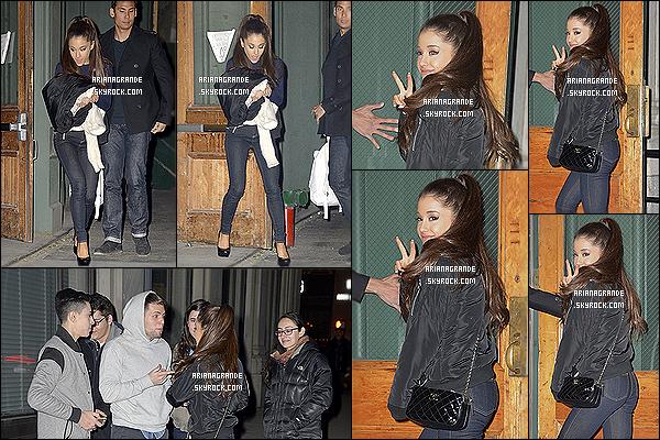. 13/02/2015 : Ariana G à été photographiée à la sortie de l'appartement de son amie  Taylor Swift à New York. Malgré la fatigue sur son visage, Ariana Grande reste tout de même magnifique surtout en fin de soirée pas facile, j'aime beaucoup sa tenue. Et toi ? .