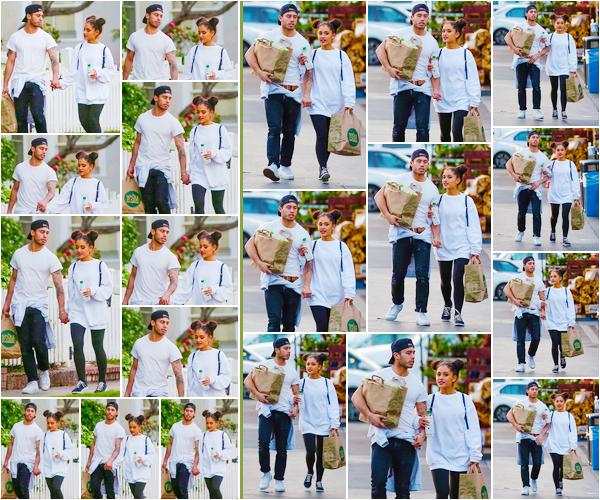 """'''""""17.03.16''' ─ Ari Grande quittant le Whole Foods, en compagnie de son petit-ami Ricky Alvarez, à Studio City. Pour cette petite sortie entre amoureux, la chanteuse a opté pour une tenue ultra décontractée. Il n'en faut pas plus pour aller faire quelques courses ![/alig fen]"""