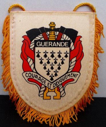INSIGNE ET FANION DE GUERANDE 44
