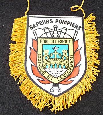 FANION DE PONT ST ESPRIT 30