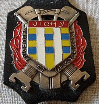 INSIGNE DE VICHY 03
