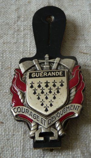 INSIGNE DE GUERANDE 44 LOIRE ATLANTIQUE
