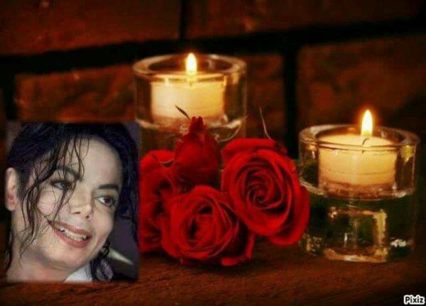 Happy birdhay michael  en se 29 août date de ton anniversaire on pense tous très fort à toi love you michael. Ta fans laurence qui t aime tees fort