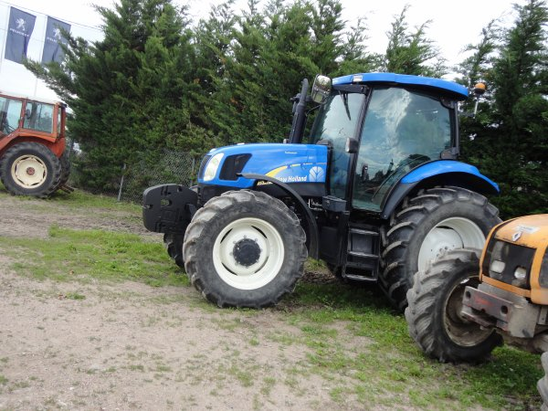 new holland tsa110a et girobroyeur desvoys