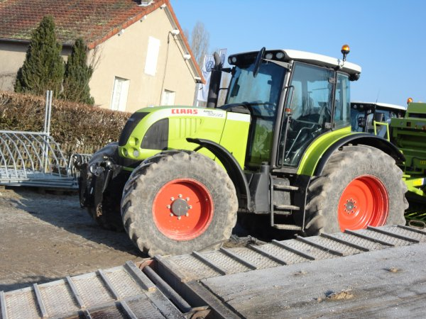 le claas  ares  657