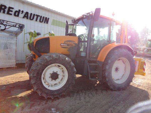 mon nouveau tracteur le renault ares 566 rz avec l epareuse rousseau agora 500