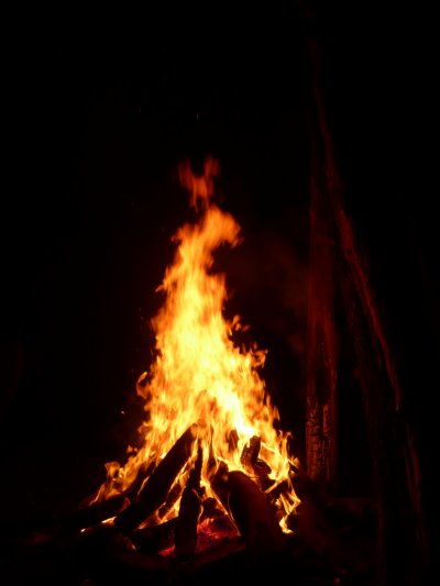 NOTRE CAMPEMENT et notre feu et nos emplacement
