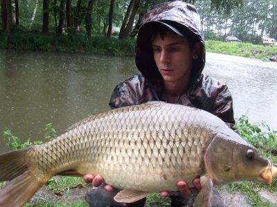 Petite  Sorti en étang  dans la pluie aek dorian