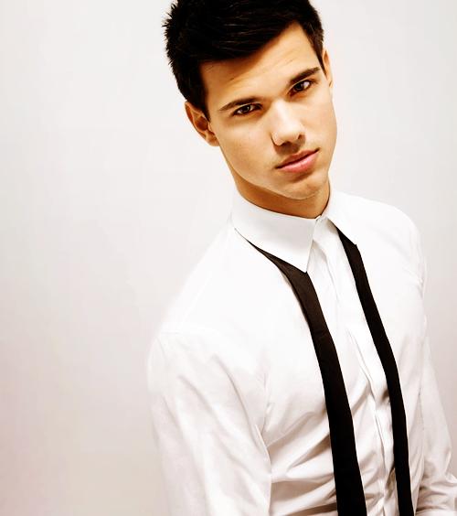 Article spécial: Taylor Lautner