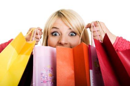 - Shopping quand tu nous tiens.. Retourne après pour acheter quelques trucs en plus. Et vous, vous avez déja fait les soldes ? :D.