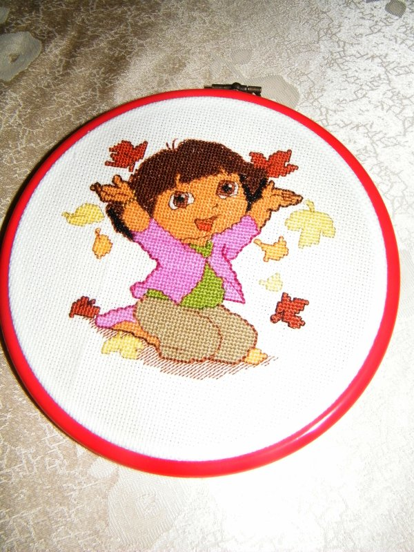 Tableau Dora au point de croix