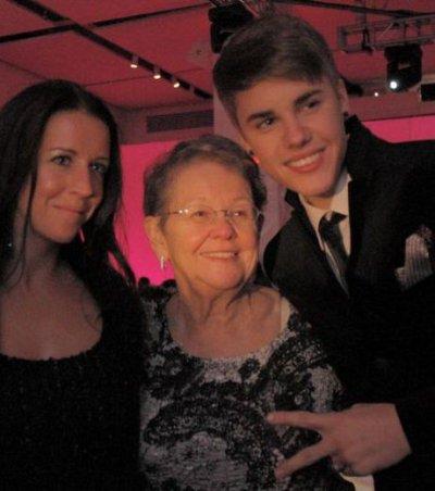 Justin Bieber : ses grands parents victimes d'un accident de voiture :(