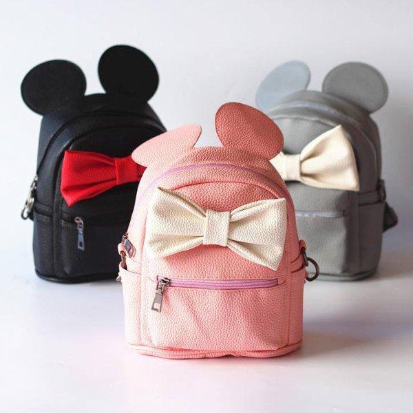 C'est pour sûr que chaque fille doit avoir un sac à dos 😍😍