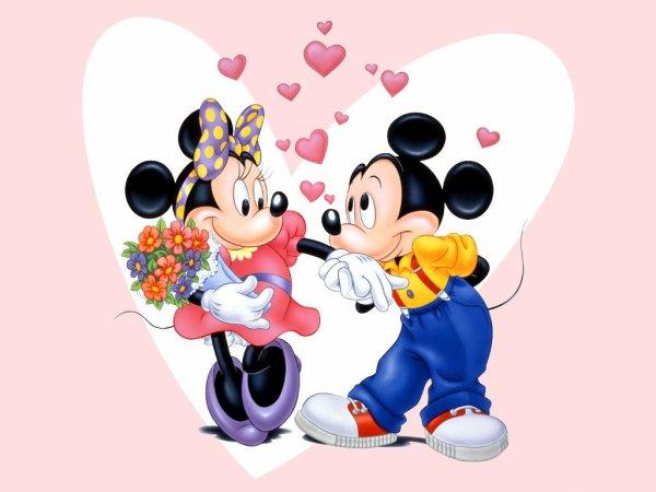 joyeux anniversaire a Mickey et minnie qui on été crée 18 novembre 1928
