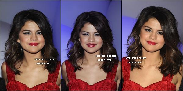 * 17/03/11 : Selena était présente lors des Disney Kids & Family Upfront 2011. TOP ou FLOP ?     * DEVIENS FAN ● FACEBOOK DU BLOG ● PREVENU ● TWITTER ● SITE BLOGTOP ● GALLERIE ● FORUM
