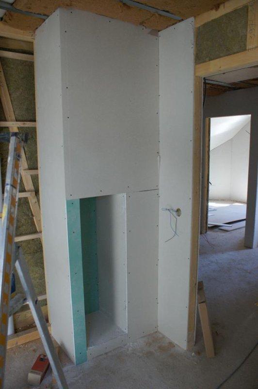 samedi 7 juillet sanitaire placo cage escalier salle de bain mob67600. Black Bedroom Furniture Sets. Home Design Ideas
