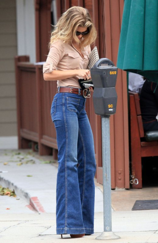 AnnaLynne McCord à Studio City, Los Angeles - 6 Avril 2011