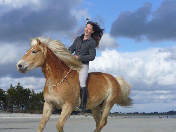 Stage équitation éthologique avec PAULiiNE Beulze... en Corrèze !