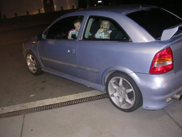 ma voiture  mon astra g