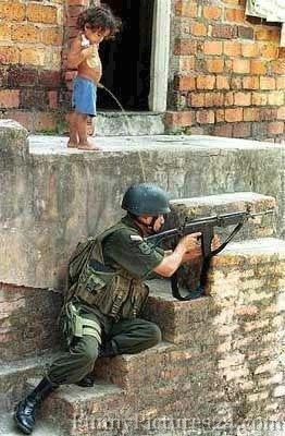 boul 3lih boul  w ma dabik ki tkamal zide tahfahe b khariya fougah....wjouh el kabini