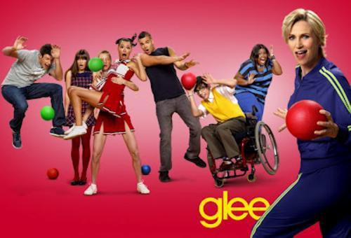 Glee : Reprise de Call Me Maybe par la serie