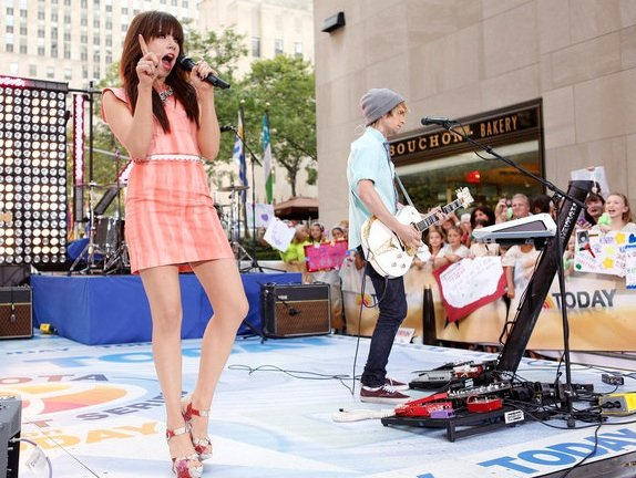 Carly au Today Show avec Owl City