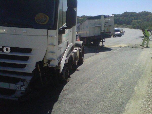 ACCIDENTE EN C-25 EN SANT PERE SALLAVINERA