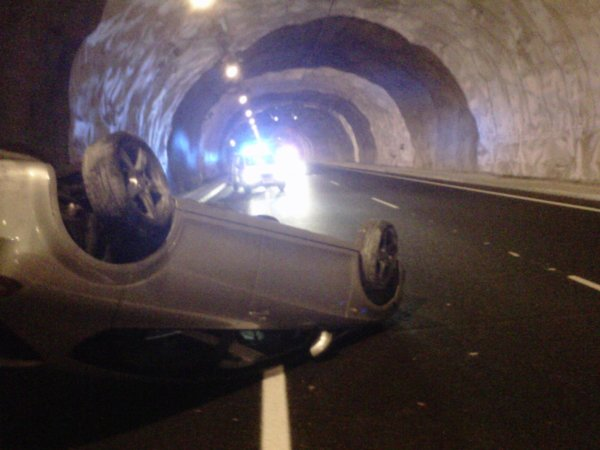 ACCIDENT EN TUNEL A LA C-15 07-12-12
