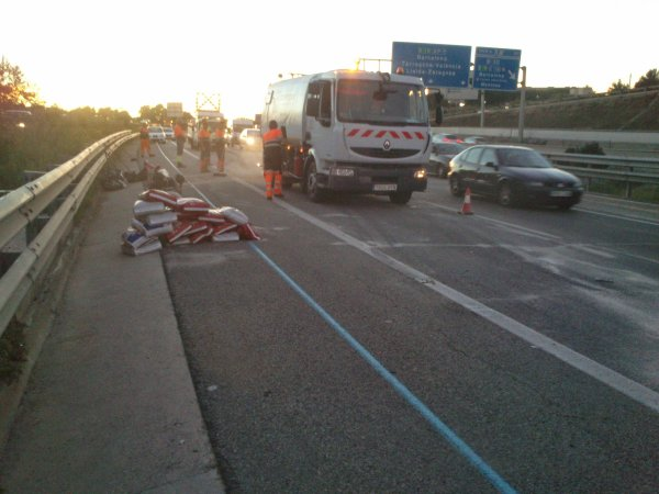 ACCIDENTE AP7 SANT CUGAT DEL VALLES 16-10-2014