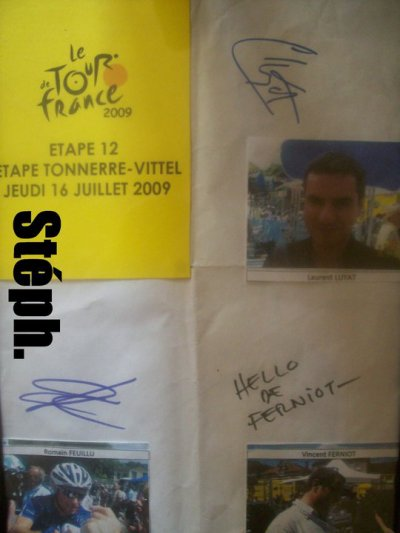 Autographes lors du Tour de France 2009 à Tonnerre