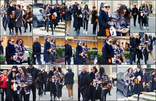 10/03/16 - Miss Bella Hadid arpentait les rues de la ville de Rome en Italie, avec Kendall et sa mère Kris Jenner ![/s#00000ize]Les deux it-girls sont, sans aucun doute en Italie pour la suite de la fashion-week ! C'est entourées de leur cortège qu'elles ont déambulé dans les rues.[/alig fen]